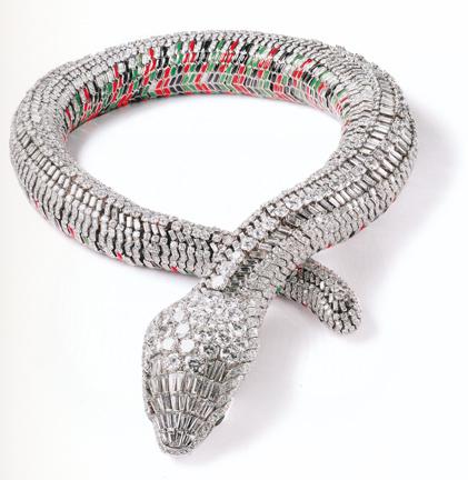 Cartier_snake_necklace