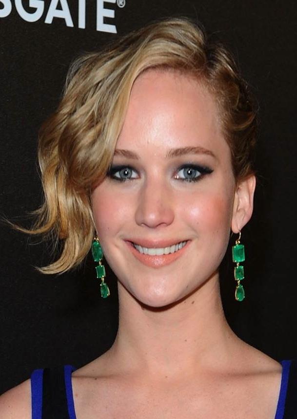 Jennifer_Lawrence_Cannes_earrings