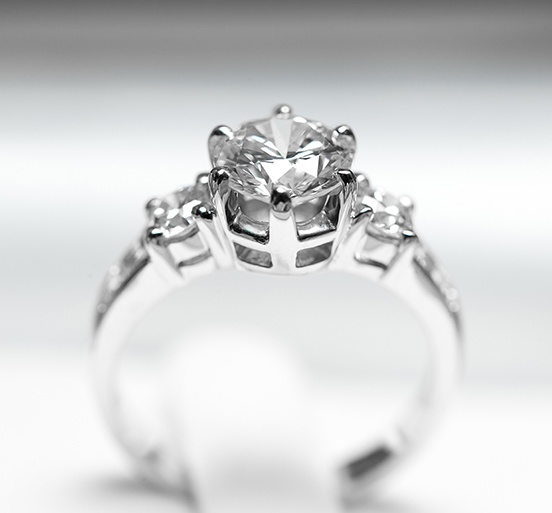 selling engagement ring
