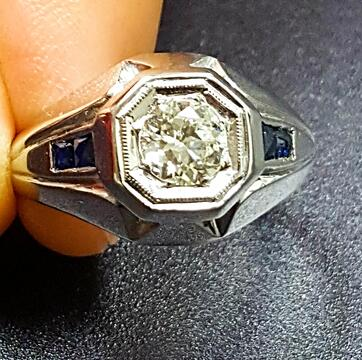A bezel ring setting for your diamond ring