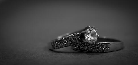 Get the full inside look when choosing your wedding jewelry